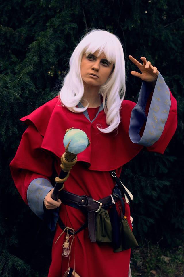 Egy különleges cp Cactus cosplaytől: Raistlin, a varázsló. A Weis - Hickman írópáros Dragonlance regény sorozatából lehet ismerős, de feltűnik a Dungeons & Dragons játékban is.